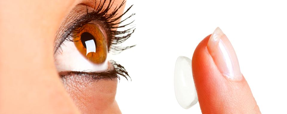 Come applicare e rimuovere le lenti a contatto.